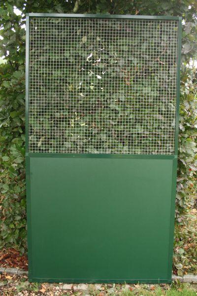 paneel groen alu met  onderaan vast paneel acp en bovenaan verzinkte draad 19 x 19 x1,45mm