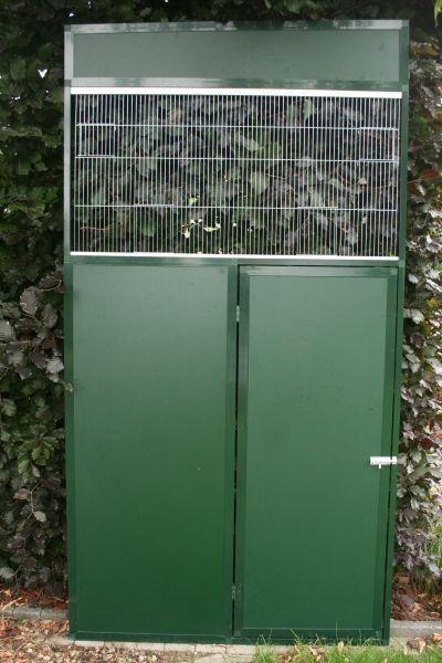 deurpaneel in groen alu met groene acp 3 mm en uitneembaar front van 50 cm hoog
